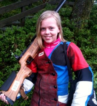 Karoline Erdal fra Førde SKL vinner i kl ER med 350 poeng