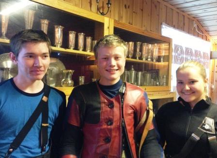 Fv Jonas Rogne, Torleif Straume Jr og Regine Nesheim